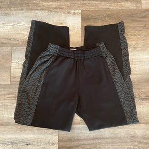 Jordan L black gray therma fit sweatpants joggers